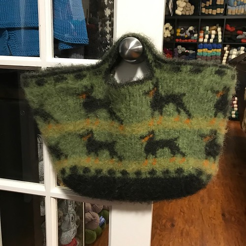 Sandi's felted bag knit with LettLopi is super cool! Love the dogs!