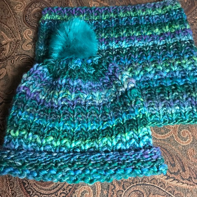 Finished the hat to match the cowl I had on my needles! Design 7 and 8 from Lana Grossa's Best of Olympia is satisfyingly quick!
