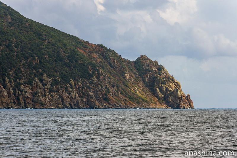 Мыс Монастырский на Аю-Даге, Крым