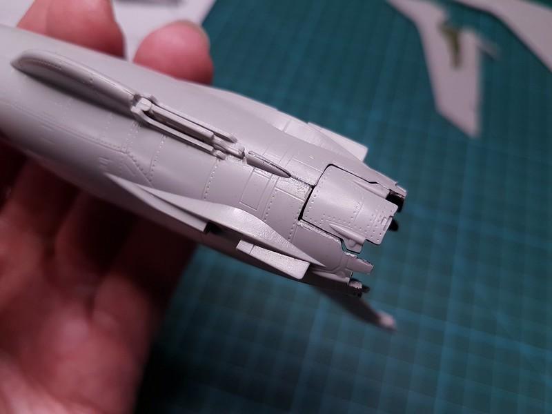 Trumpeter 1/72 F-105G Wild Weasel - Sida 2 46031522794_b8ffd36c27_c