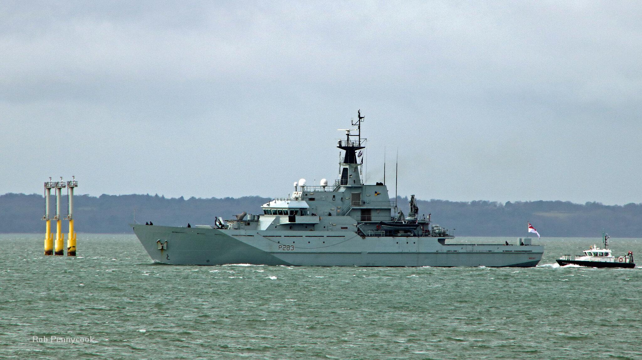 River-class Offshore Patrol Vessels (Batch 1 & 2) - Page 6 46156209794_17dbc1d655_k