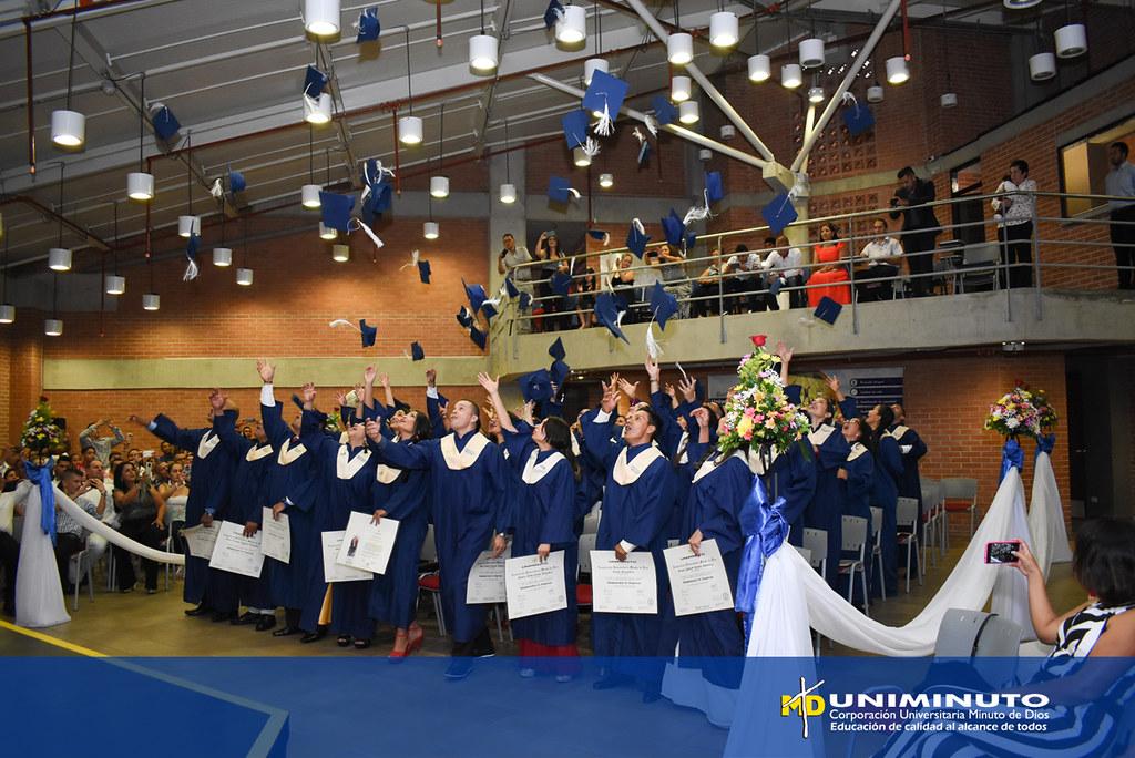 Grados Centro Regional Buga 2018-2