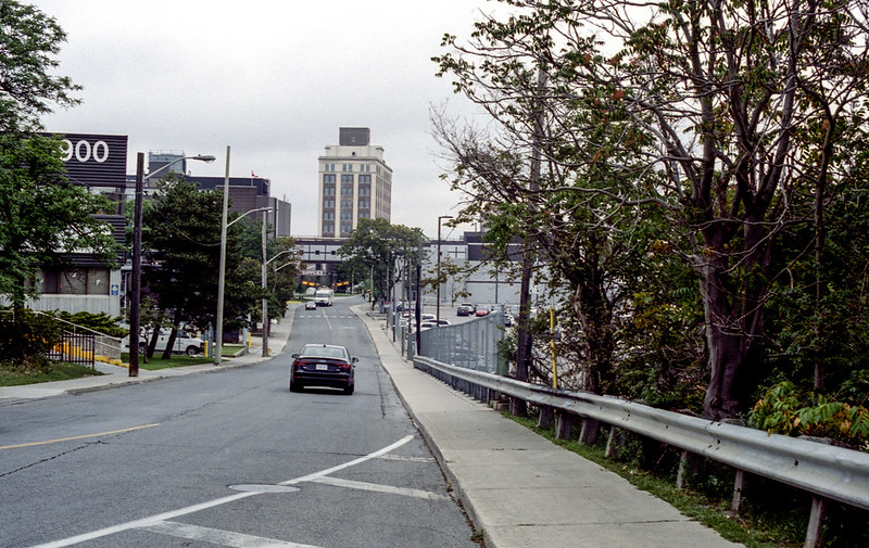 Sterling Road_