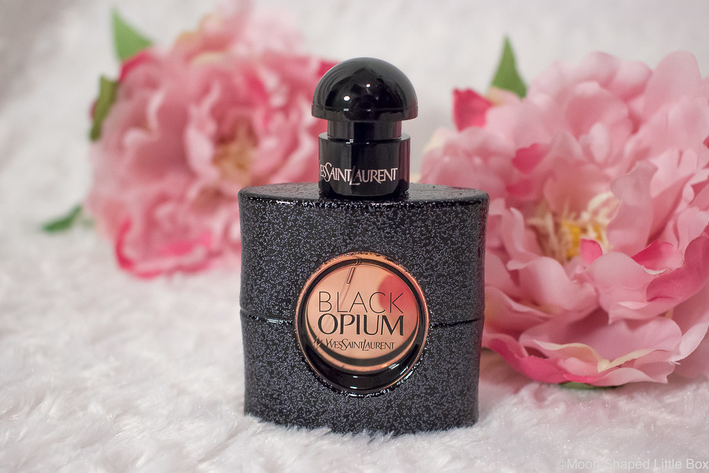 Yves_Saint_Laurent_Black_Opium_Parfum-7