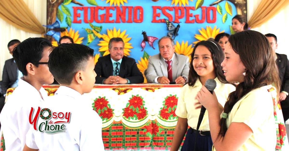 Hora Cívica en Unidad Educativa Eugenio Espejo