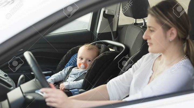 3172 SR 300 Fine for a child below 10, sitting on the front seat of a vehicle 02