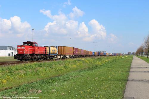 DB Cargo 6436 - Moerdijk 02-04-2017.
