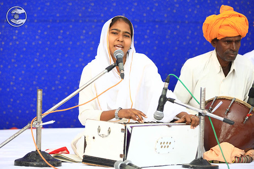 Devotional song by Raj Kumari and Saathi from Alwar RJ