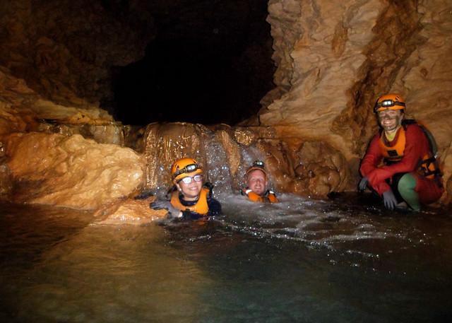 beanintransit-lobo-cave-15