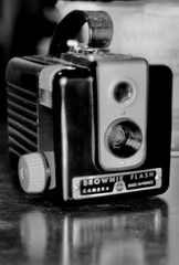 Her 'new' camera - Photo of Herbeville