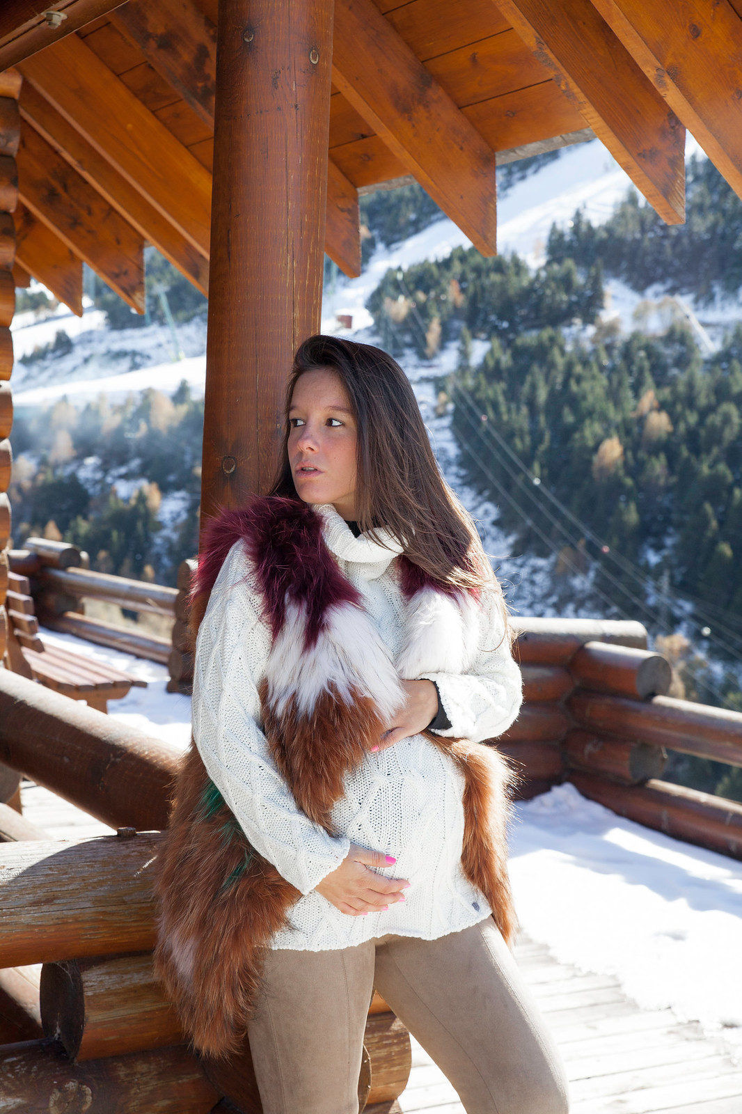 05_5_claves_para_un_look_apres_ski_tendencia_invierno_outfit_embarazada_comodo_nieve_theguestgirl_laura_santolaria_ruga_hpreppy