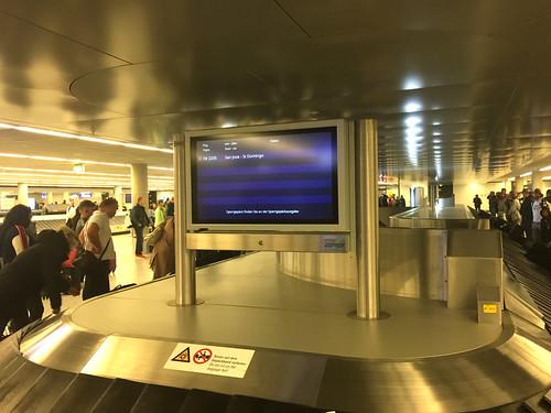 106 - Gepäckausgabe am Frankfurter Flughafen