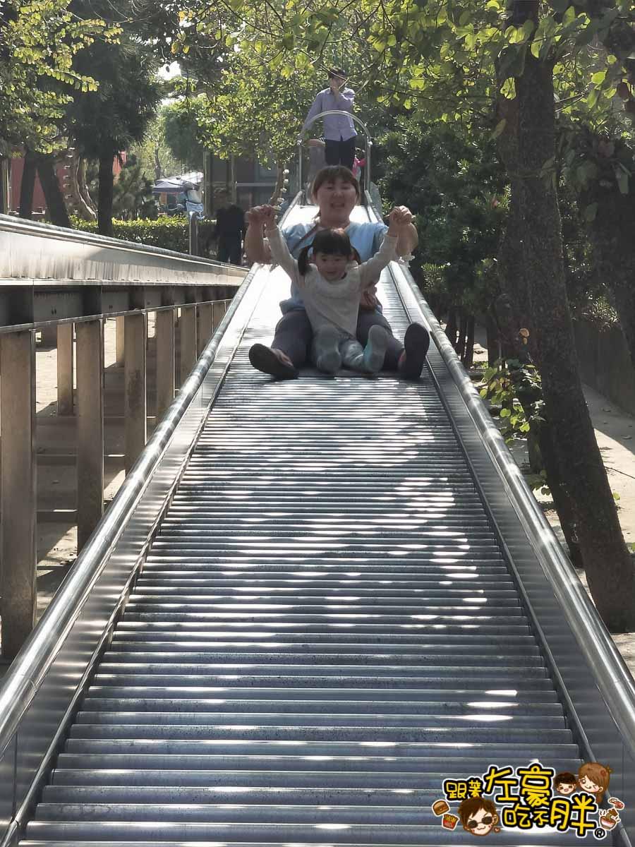 台南佳福寺溜滑梯(台南親子旅遊)-27