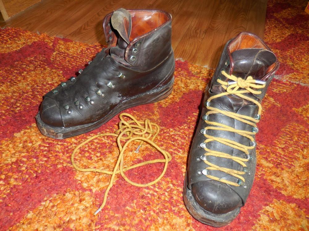 Staré kožené lyžáky případně další výbava z cca 30-50 let - Diskuze ... 4029102d46
