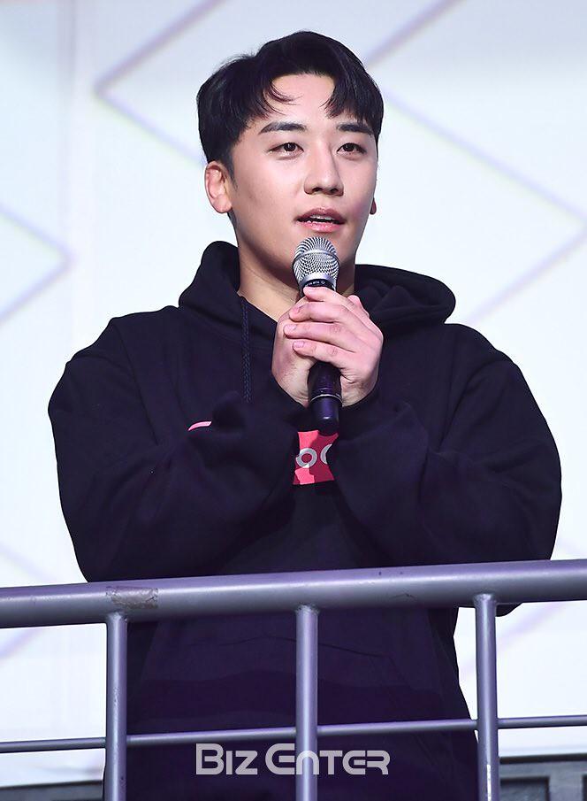 BIGBANG via pandariko - 2018-11-07  (details see below)