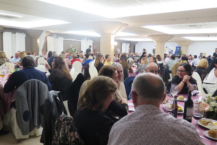 ADEM-CG agradece la colaboración a las personas que acudieron a la Cena Benéfica