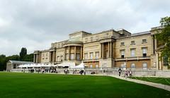 2010 09 10 Buckingham Palace (71) edit