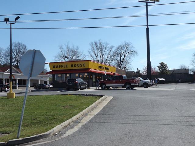 Waffle House #833 Dublin, VA, Fujifilm FinePix S8600 S8650 S8630