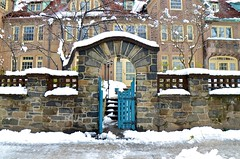Gate On Greenway Terrace