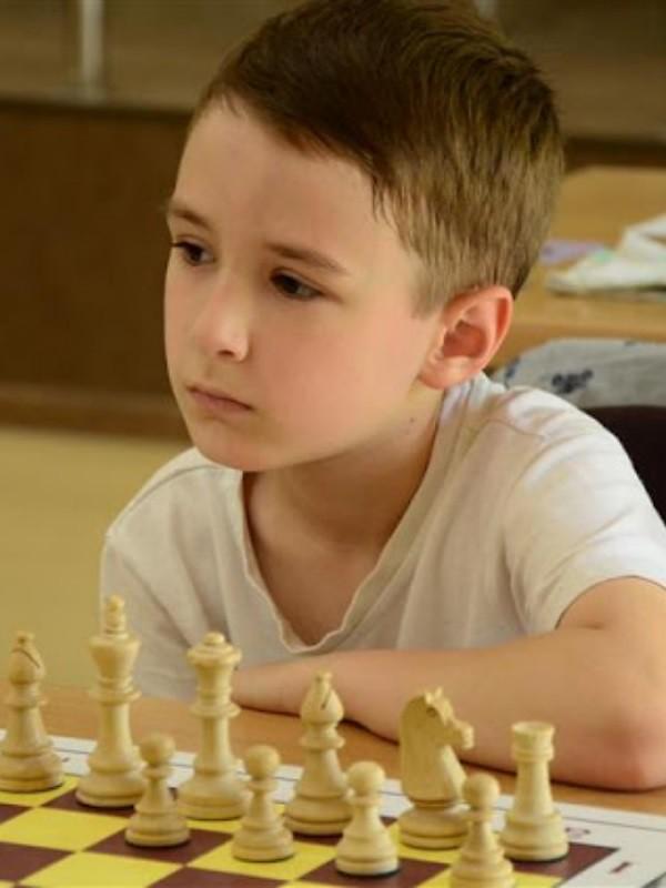 PeshkaCh Tihon Chernyaev is creating Chess | Patreon