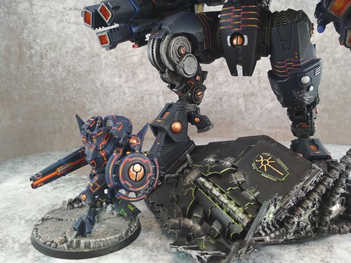 KX139 Taunar Supremacy Armour with Battlesuit Commander00017