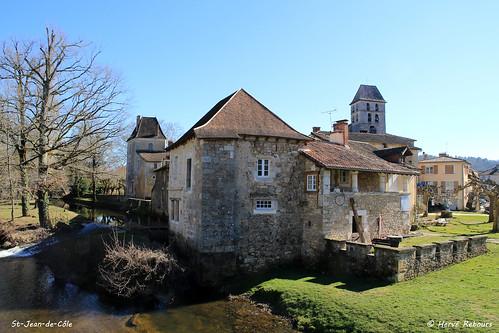 24 St-Jean-de-Côle - Ancien Prieuré XV XVII