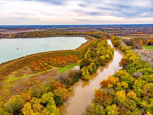 autumn park sciotogrovemetropark specialeffects columbusmetroparks highdynamicrange hdr fall grovecity ohio unitedstates us