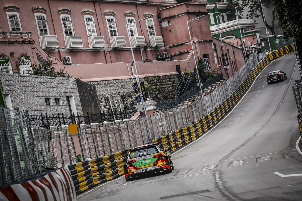 12 HUFF Rob, (gbr), Volkswagen Golf GTI TCR team Sebastien Loeb Racing, action during the 2018 FIA WTCR World Touring Car cup of Macau, Circuito da Guia, from november  15 to 18 - Photo Francois Flamand / DPPI