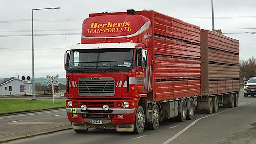 2009 Freightliner Argosy Stock truck.