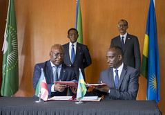 President Kagame and President Teodoro Obiang Nguema Mbasogo of Equatorial Guinea witness the signing of bilateral agreements | Kigali, 14 January 2019