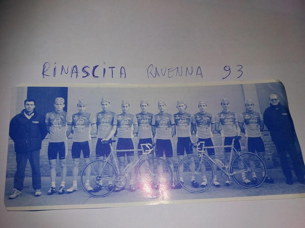 SC Rinascita 1993 - Dall'alto a sx   Acc.Ghiotti D.  Borghi F.  Guerrini M. Cembali S. Zattoni G.  Lucchi G. Setti E. Forestieri A. Magnani M. Fiori A. Ersilio F.  D.S. Roncucci P.