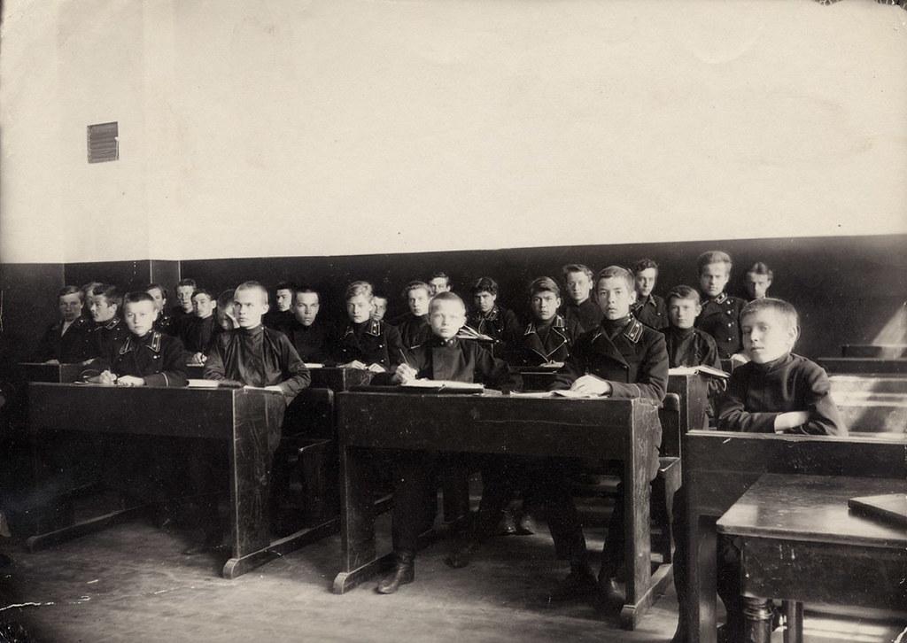 На уроке в седьмой группе. 1907-1908 гг.