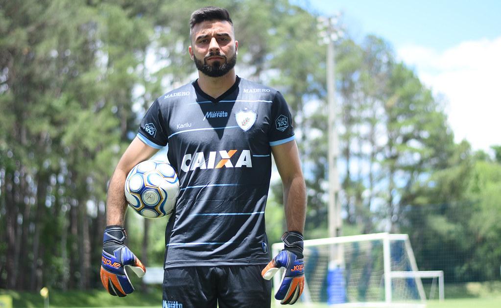 MatheusAlbino_Londrina_21-11-2018_Foto_GustavoOliveira_16