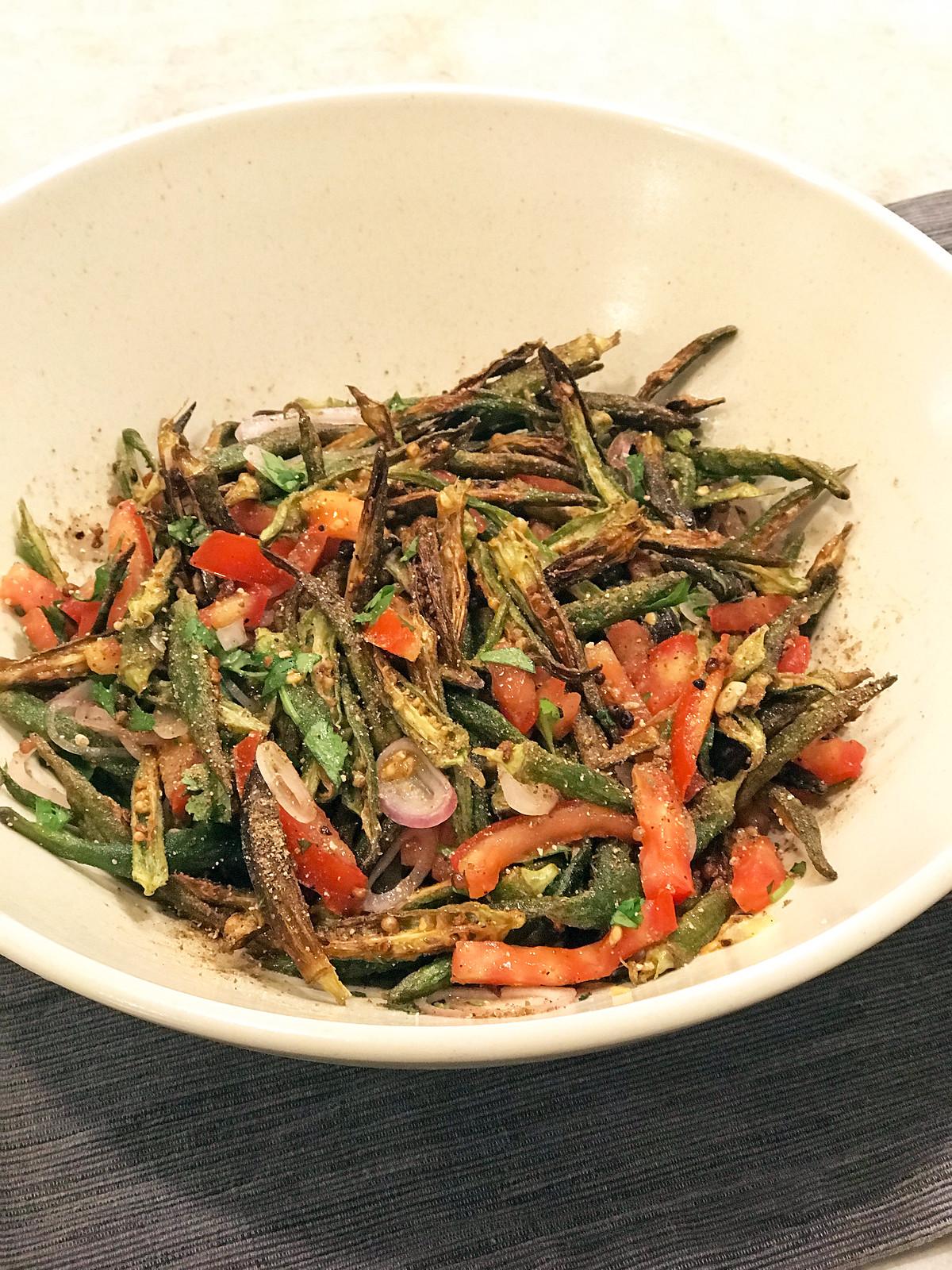 Crispy okra salad