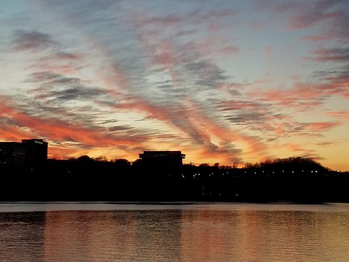 Sunset over Rosslyn