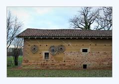 Farm building - Photo of Mézériat