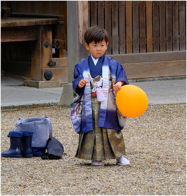 Photo:Happy chappy birthday ceremony - Sumiyoshitaisha Shinto Shrine, Osaka, Japan By Geoff Whalan