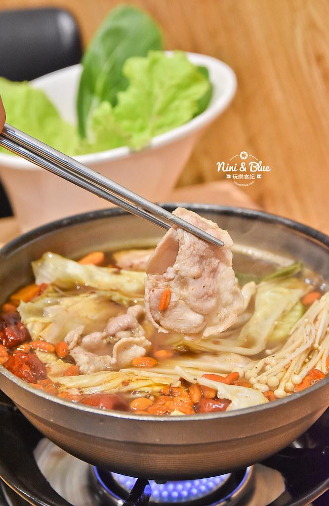 台中火鍋推薦 大樂鍋 海陸鍋 燒酒雞 麻辣27
