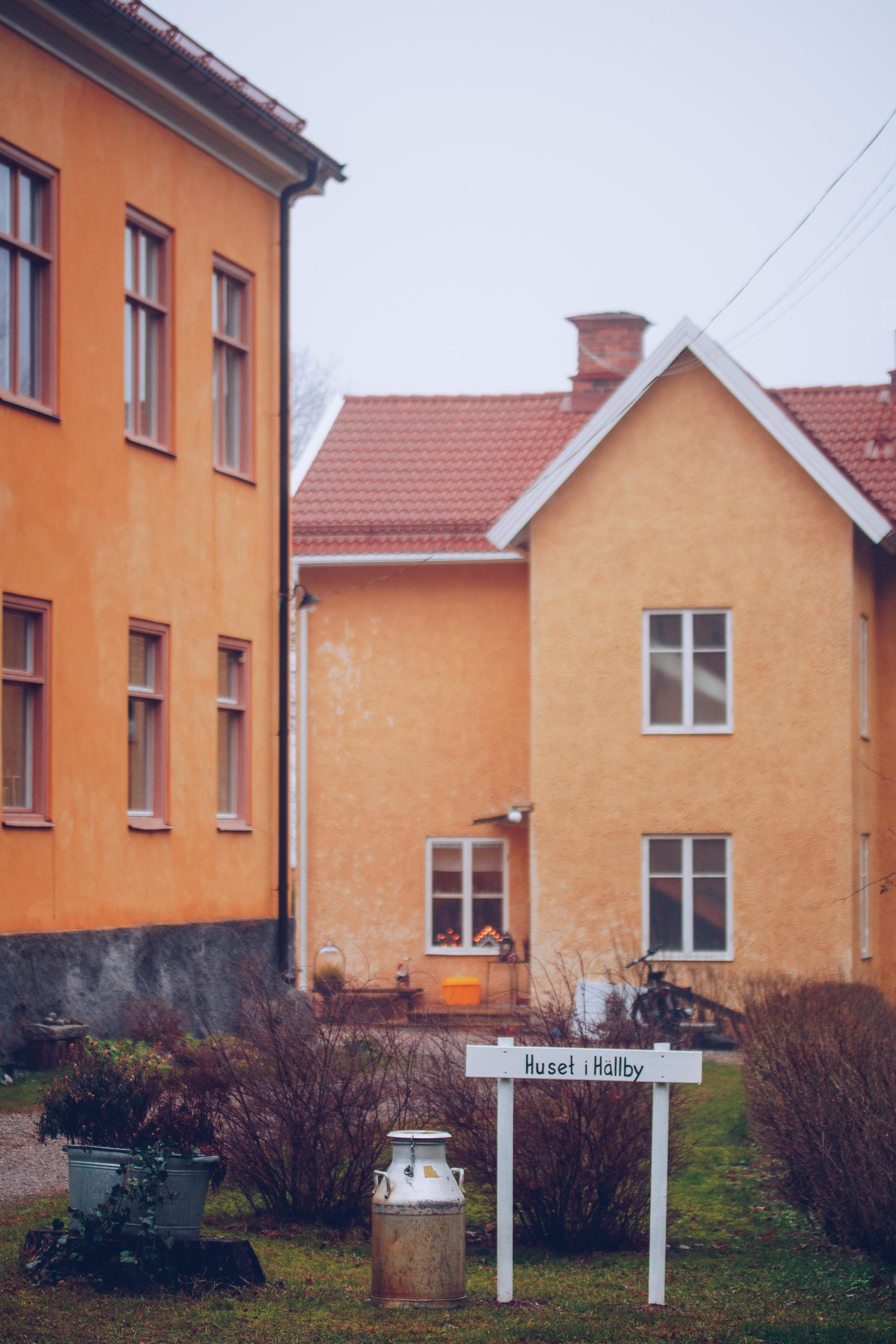Huset i Hälby loppis Eskilstuna - reaktionista.se