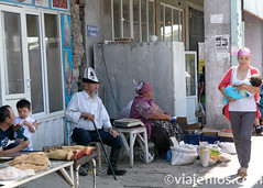 Viajefilos en Kirguistan, Sary Osh 020