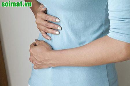 Sỏi mật thường gây ra những cơn đau vùng mạn sườn phải