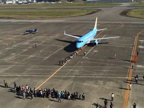 名古屋空港『空の日』フェスタ2018 飛行機と綱引き EEAE9F00-AF75-462B-A1B1-7B7A82944CEE