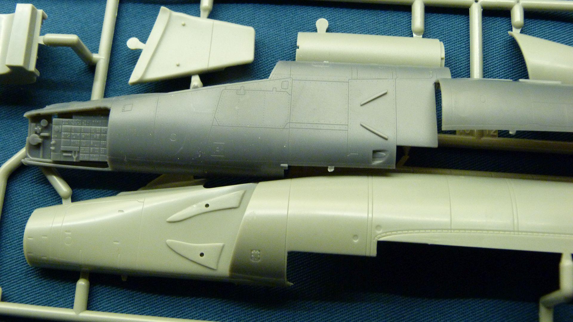 Meng Deltavingar, F-102 och F-106, 1/72 32010330528_f8b678f096_o