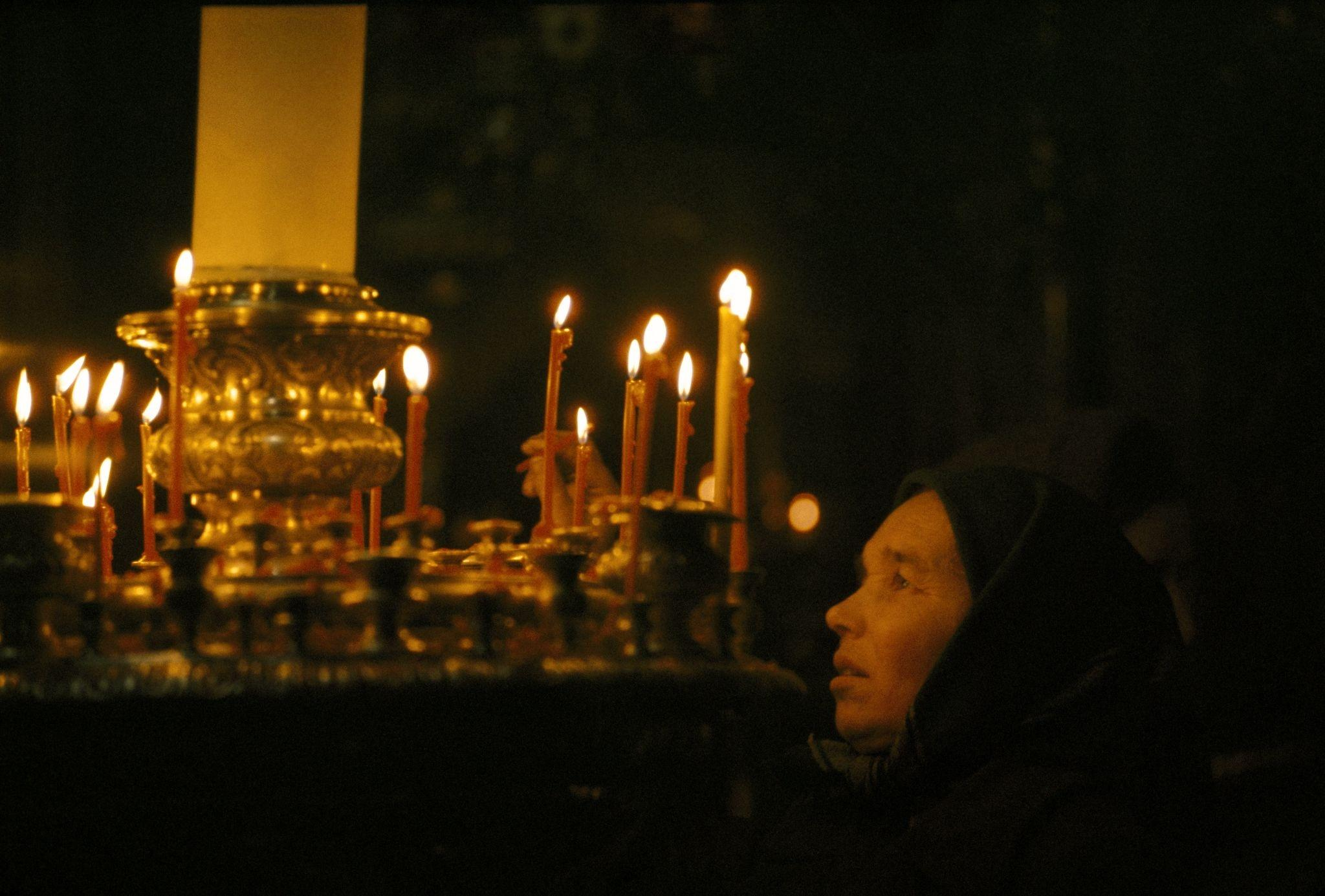 1964. В одной из московских церквей