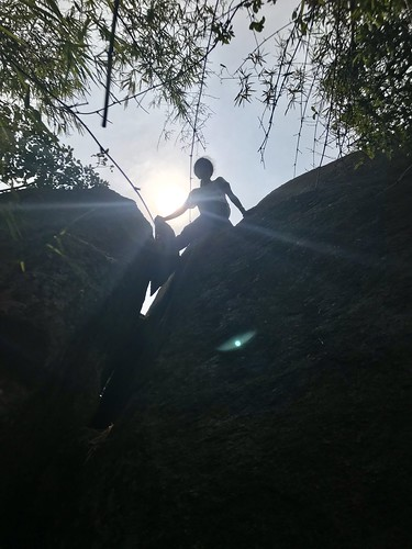 bouldering chimney climbing silhouette