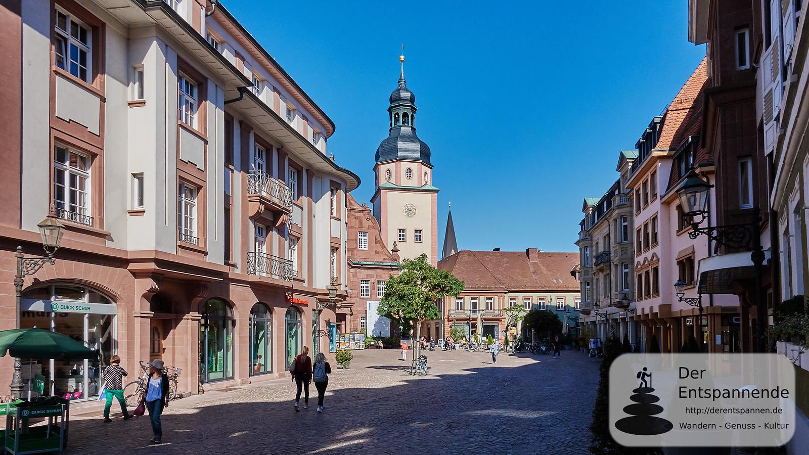 Ettlingen mit Rathausturm