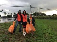 Maui Electric at Adopt-a-Highway Puunene Ave – Nov. 17, 2018: Mahalo to everyone for their hard work!
