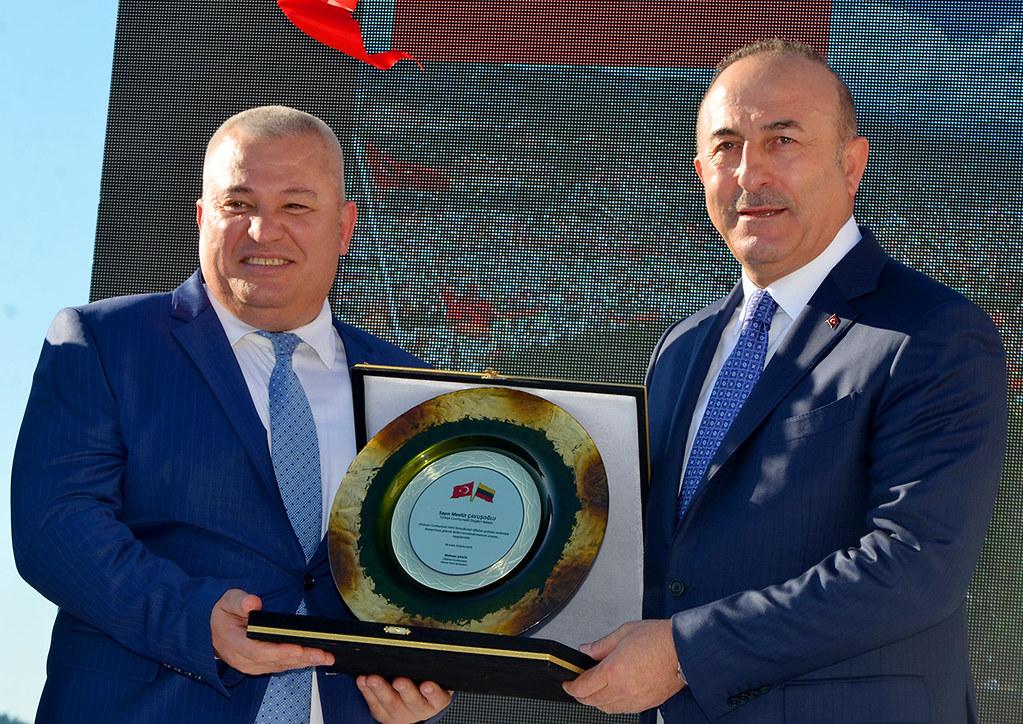 Mehmet Şahin, Mevlüt Çavuşoğlu
