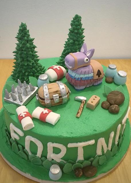 Cake by Sweet Cakes Kirkland