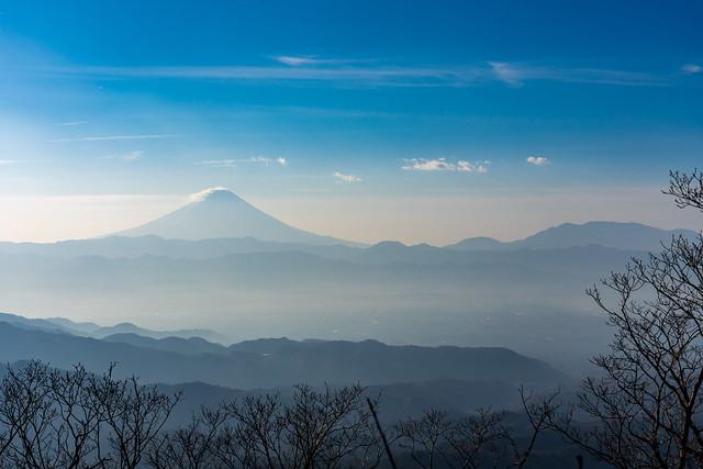 霞む富士山、毛無山